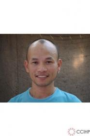 họa sỹ Trương Tân:biện minh và bênh vực cho những người gay?