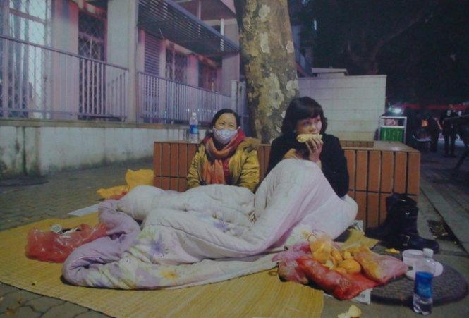 Ngủ trong bệnh viện