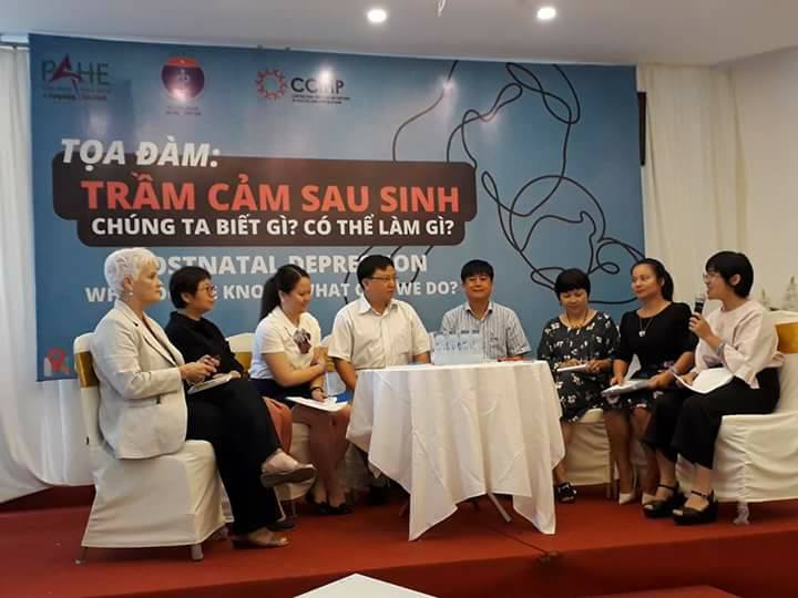 Panelists of the roundtable discussion on postnatal depression