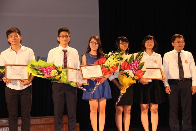 Thảo - vinh dự giành được giải thưởng sáng tạo dành cho thanh niên
