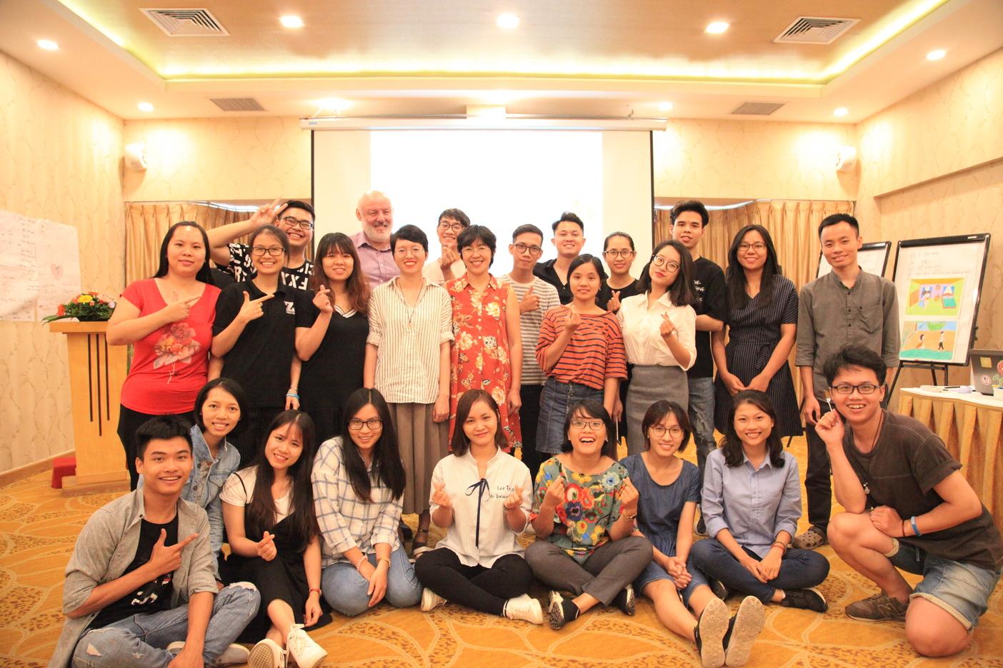 Diễn đàn kết nối thanh niên hoạt động về Sức khỏe sinh sản, tình dục và Quyền