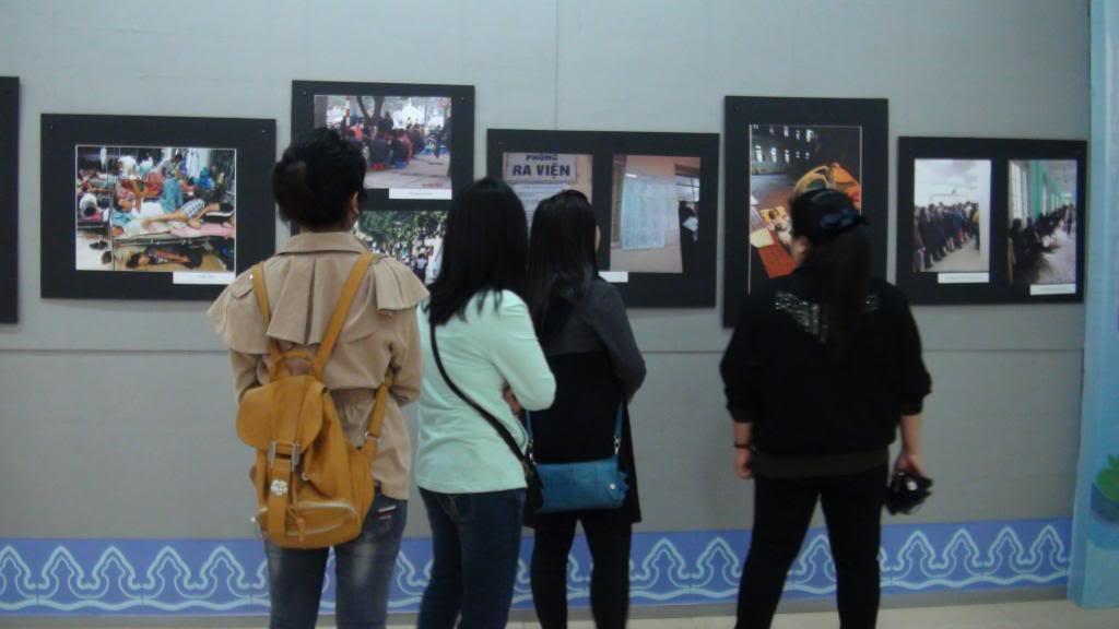 Người đi xem triển lãm