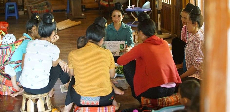 Truyền thông và Tư vấn dinh dưỡng cho phụ nữ mang thai và chăm sóc con dưới 2 tuổi tại Sơn La